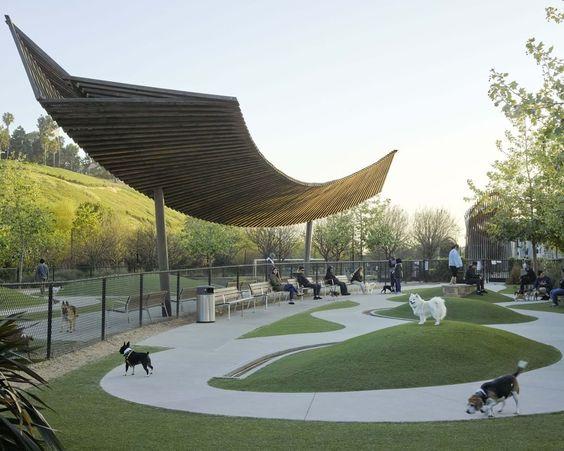 Pasji parki so osnovna infrastruktura sodobnih mest.