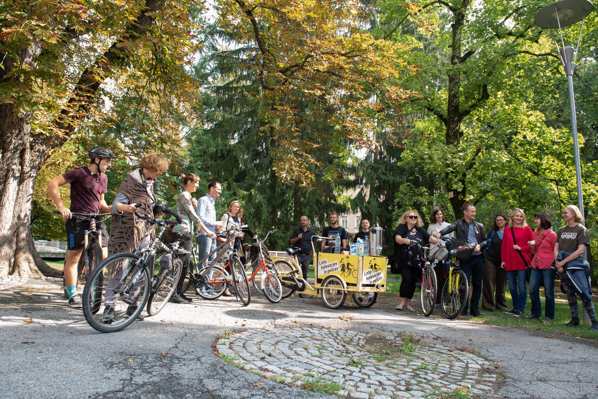 Kaj je Lista kolesarjev in pešcev?