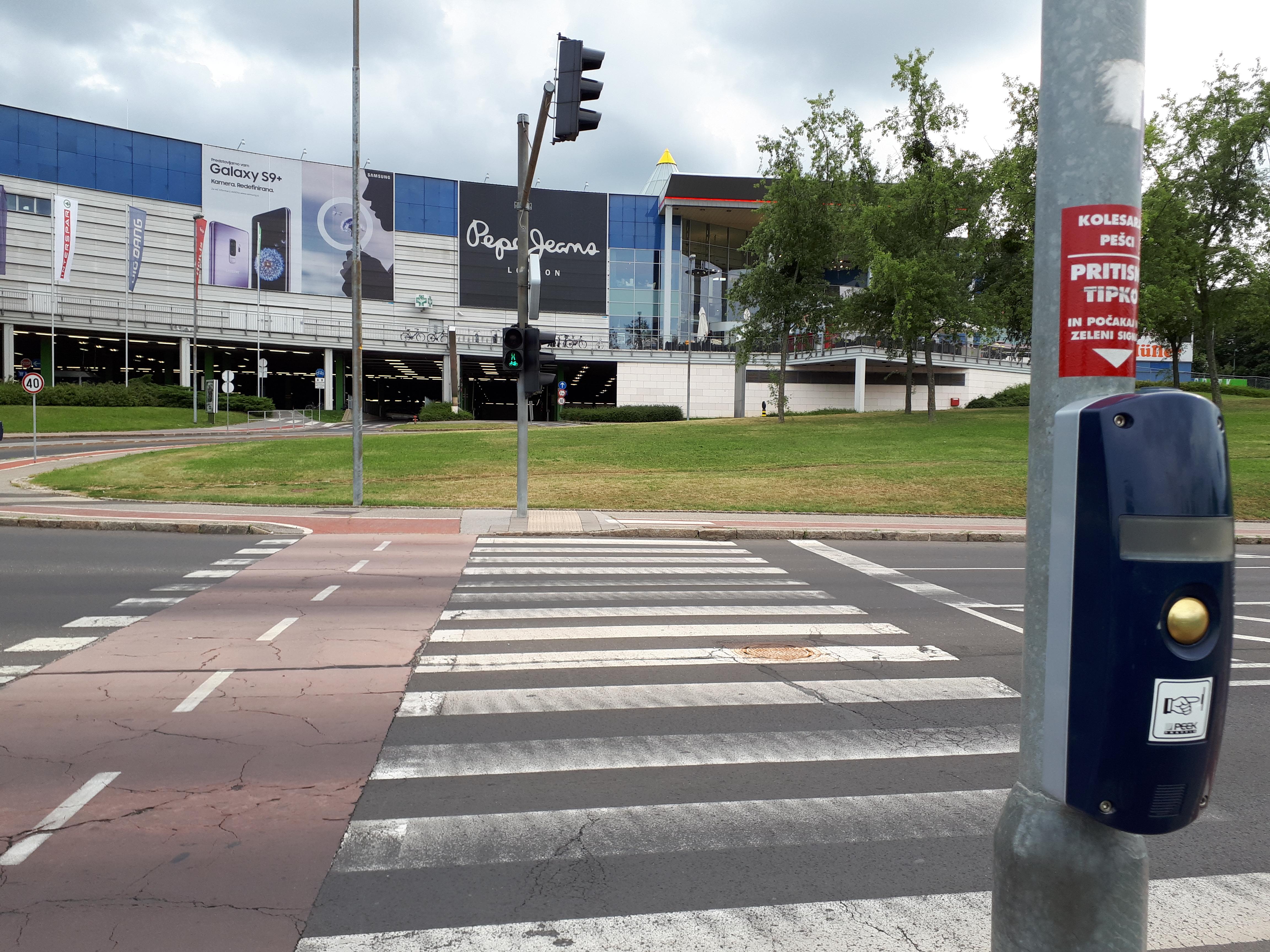 Pobuda za preureditev semaforskega sistema