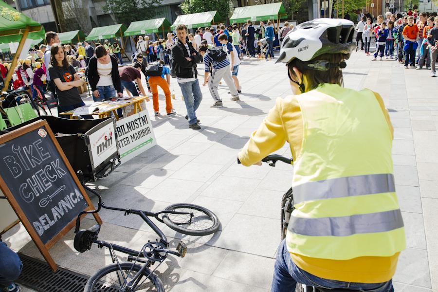 Občina naj aktivno spodbuja trajnostno mobilnost