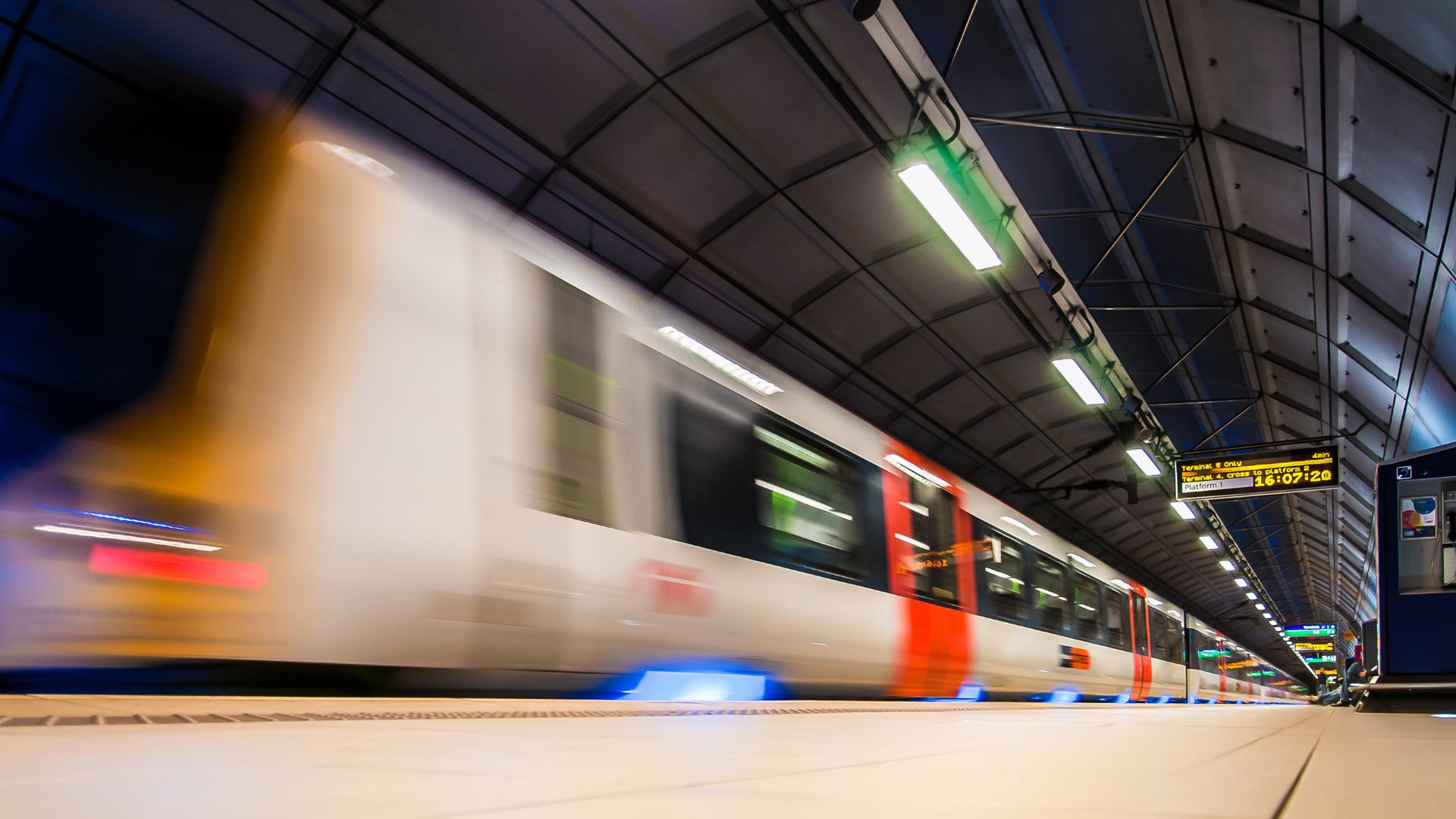 Pobudo hitre železnice podprlo 6 mestnih občin